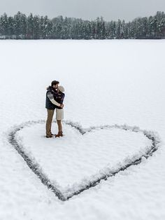 Beaches are hard to come by in Canada, but snowy fields: we've got those in spades! Create a huge heart in the snow to transform an average wintery shot into something truly fantastic.