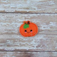 Hey, I found this really awesome Etsy listing at https://www.etsy.com/listing/245892459/kawaii-pumpkin-feltie