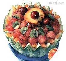 Ovocný salát v melounu Kiwi, Fruit Salad, Food, Fruit Salads, Essen, Meals, Yemek, Eten