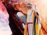 Estudios y Sermones: MOISÉS SUBE AL MONTE SINAÍ