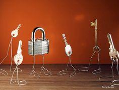 Bent Objects: Fotografías de objetos cotidianos que cobran vida por Terry Border