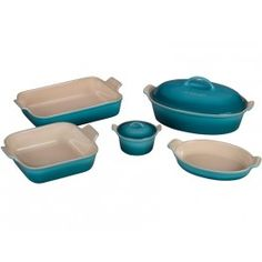Heritage Bakeware Set | Le Creuset #lecreuset.  Perfect for my beach living. #LGLimitlessDesign #Contest