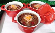 Chili?  Not really.  Chocolate cake baked in little chili bowls frosted and topped with jelly beans and orange tinted coconut.  For an even easier version, try chocolate pudding instead of the cake!