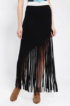 Shop Sparkle & Fade Knit Fringe Maxi Skirt at Urban Outfitters today. We carry all the latest styles, colors and brands for you to choose from right here. Sewing Clothes Women, Diy Clothing, Diy Maxi Skirt, Maxi Skirts, Maxi Dresses, Fringe Skirt, Altered Couture, Bohemian Mode, Diy Fashion