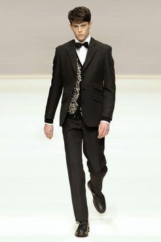 John Rocha AW09 #LFW #catwalk #mensfashion #fashion #readytowear