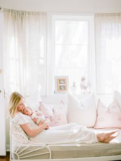 Dreamy white girl's nursery and newborn photos in Los Angeles Mother Baby Photography, Newborn Photography, Newborn Room, Nursery Inspiration, Mother And Baby, White Girls, Newborn Photos, Girl Nursery, New Baby Products