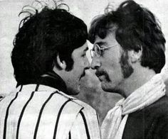 No one's ever loved Paul McCartney as much as John Lennon loved Paul McCartney. No one's ever loved anyone as much as John Lennon loved Paul McCartney Foto Beatles, Beatles Love, Les Beatles, Beatles Photos, Beatles Funny, Beatles Guitar, Beatles Band, Liverpool, Woodstock