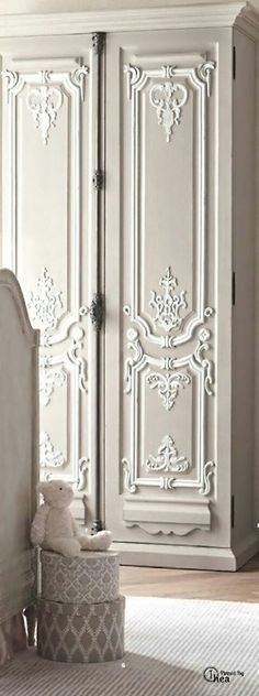 #French #Furniture - #Décor great looking dresser.. http://www.thefrenchpropertyplace.com