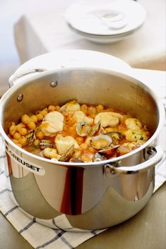 Dog Food Recipes, Cooking Recipes, Healthy Recipes, Bacalhau Recipes, Cocotte Le Creuset, Good Food, Yummy Food, Recipe For 4, Appetisers
