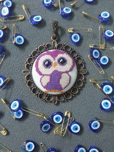 Cross Stitch, Miniatures, Punto De Cruz, Dots, Seed Stitch, Cross Stitches, Crossstitch, Punto Croce