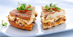 Grilled cheddar with cauliflower and caramelized onion
