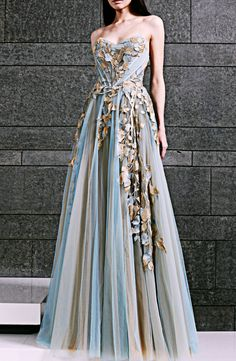 Rose-Style, fuckyeahfashioncouture: Tony Ward Fall-Winter...   jaglady