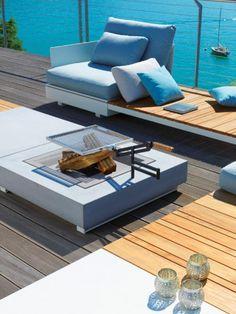 Foto bedoeld voor de open haard, niet voor de meubels. Ik kan immers geen geld uitgeven aan tuinmeubels die eruit zien alsof ze thuis horen in je huis in plaats van op je terras.