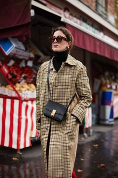 Paris Fashion Week - How to elongate your look by styling a turtleneck with a plaid overcoat