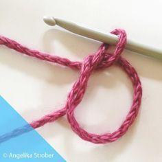 "Thread ring - so you crochet a ""Magic Ring"" - Talu.de - thread Informations About Fadenring – so häkeln Sie einen ""Magic Ring"" – Ta - Learn To Crochet, Easy Crochet, Free Crochet, Knit Crochet, Beginner Crochet, Thread Crochet, Poncho Knitting Patterns, Knitting Socks, Crochet Patterns"