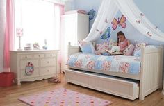 The Pretty Butterfly Bedroom.  Pinned for Kidfolio, the parenting mobile app that makes sharing a snap