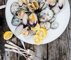 Beer-Steamed Clams Recipe | Epicurious.com
