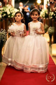 Damas Wedding Dresses For Kids, Wedding Flower Girl Dresses, 2016 Wedding Dresses, Wedding With Kids, Wedding Attire, Bridesmaid Dresses, Flower Girls, Little Girls Dress Shoes, Kids Gown