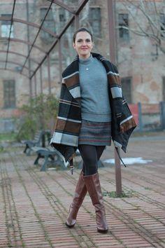 Grey fashion style Fashion blogger, Maggie Dallospedale #kissmylook