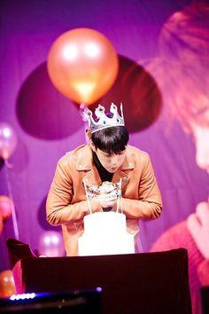 Kai - 170201 Official EXO-L website update Credit: Official EXO-L website. Sehun, Exo Kai Birthday, Exo 2017, Submarine Video, I Go Crazy, King Of My Heart, Happy Birthday Parties, Kim Jongin, Kaisoo