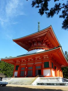 Daito(The Great Stupa)、Koyasan,Japan        The World Heritage.  Sacred Sites and Pilgrimage Routes in the Kii Mountain Range.