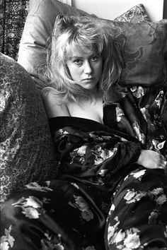 ~stunning~ | Proof That Helen Mirren Has Been A Babe Since The Dawn Of Time