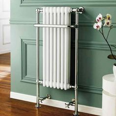 If you've designed the perfect retro styled bathroom, you probably think it would be a challenge to find a heating unit to match. It's not - just have a look at the Brenton Flores, which is both functional and beautiful. #traditionalradiators