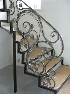 Stairs Railing Steel Wrought Iron 28 Ideas For 2019 Wrought Iron Stair Railing, Steel Railing, Metal Stairs, Staircase Railings, Stair Decor, New Interior Design, Railing Design, Interior Stairs, Iron Decor