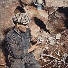 Trapped in a cave! The bizarre Floyd Collins story - Appalachian History Floyd Collins, What If Movie, Cave City, Mammoth Cave, Kirk Douglas, Another Man, Guy Names, Kentucky, Real Life