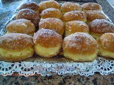 Pelotas de fraile o berlinas de crema, unos dulces típicos irresistibles