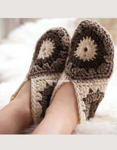 Cosy Hexagon Slippers - Slippers are size S (M, L) to fit UK adult shoe size 4-5 (5-6, 7-8).