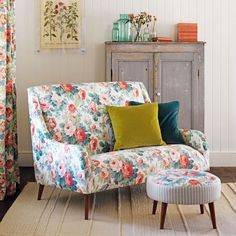 Sanderson - Traditional to contemporary, high quality designer fabrics and wallpapers | Products | British/UK Fabric and Wallpapers | Chelsea (DVIN224317) | Vintage Prints