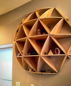 DIY Wood Projects ideas are an easy and innovative way to decorate your home. Check out thse easy Woodworking projects DIY ideas below. Easy Woodworking Projects, Diy Wood Projects, Wood Crafts, Woodworking Shop, Woodworking Beginner, Woodworking Organization, Woodworking Joints, Woodworking Patterns, Woodworking Furniture