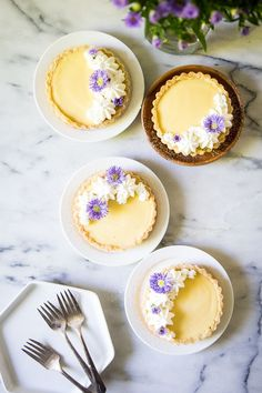 If you had asked me five years ago if you could make a rich, creamy lemon curd without using a whole stick of butter, I may not have scoffed at .read more themes orange These Lemon Tarts with Orange Blossom Whipped Cream Are Magically Dairy-Free Köstliche Desserts, Dessert Recipes, Lemon Desserts, Plated Desserts, Lemon Curd Filling, How To Cook Eggs, Tart Recipes, Cookies Et Biscuits, Stick Of Butter