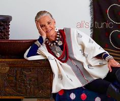 Ali MacGraw in our naga tunic and Jewels medallion necklace , shell earrings , African Hip . Ali Macgraw, Mature Fashion, Fashion Over 50, Boho Fashion, Womens Fashion, Fashion Design, Stylish Older Women, Gypsy Style, My Style