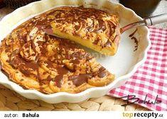 Rychlý jablkový koláč s čokoládou recept - TopRecepty.cz Sweet Cakes, Apple Pie, French Toast, Food And Drink, Yummy Food, Breakfast, Basket, Morning Coffee, Delicious Food