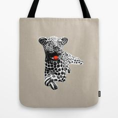 tigre blanco Tote Bag by dissabtes - $22.00