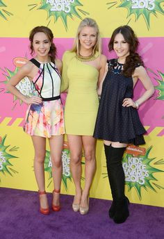 Nickelodeons 26th Annual Kids Choice Awards - Arrivals - Savannah Jayde, Kelli Goss, and Erin Sanders