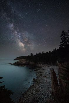 One of the most beautiful national parks on the east coast. @AcadiaNPS by Nate Levesque #Maine #MilkyWay