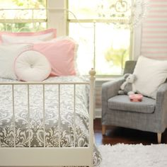 sophisticated girl's room in pink and gray  I so want this for my room but my blue green instead of pink