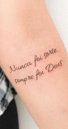 Tatuagem nunca foi sorte, sempre foi Deus Hp Tattoo, Hamsa Tattoo, Tattoo Quotes, Line Tattoos, Body Art Tattoos, Continuous Line Tattoo, Single Line Tattoo, Latest Tattoos, Tattoos Gallery