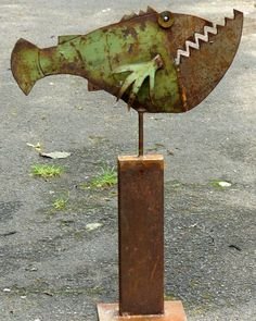 scrap metal sculpture by Chris Kircher I Skulpturen aus Schrott von Chris Kircher  fish, garden, art, steel sculpture