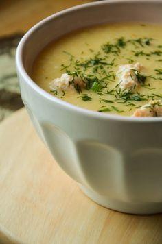 Zupa kalafiorowo-ziemniaczana z mleczkiem kokosowym i łososiowymi pulpetami - Raj dla Podniebienia