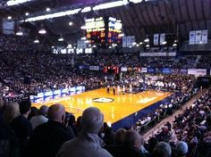 Butler Basketball is an Indianapolis Family Favorite Butler Basketball, Love And Basketball, Basketball Teams, College Basketball, Bulldogs Basketball, Butler Bulldogs, Butler University, Indiana, Favorite Things