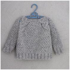 Knit pattern on PDF - norwegian and english for MY VALENTINE Size: (xs) s (m) l (xl)Yarn: MYK fra Sandnes GarnYarn amount: Short model gNormal/slightly oversized Circular 14 m = 10 cmChest measurments:Short model cm Kids Knitting Patterns, Jumper Patterns, Knitting For Kids, Baby Shawl, Baby Cardigan, Knit Cardigan, Tricot Baby, Pull Bebe, Culottes