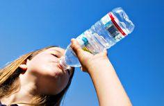 Desidratação: um perigo no verão e no inverno. Saiba como reconhecer, tratar e evitar