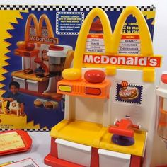The Weird World of McDonald's Edible Food Playsets #FWx