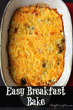 My husband ate the WHOLE casserole in ONE HOUR! Full of Eggs, Sausage, Hash Browns, Cheese, and Pancakes Mix - Easy Breakfast Bake Recipe -- I'm going to try it .sound like a good TG breakfast.easy and filling. Baked Breakfast Recipes, What's For Breakfast, Breakfast Dishes, Breakfast Casserole, Morning Breakfast, Bisquick Recipes, Baking Recipes, Free Recipes, Hash Browns