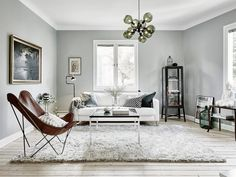 A little something different than your usual Scandinavian apartment (Daily Dream Decor) Living Room Scandinavian, Scandinavian Apartment, Scandinavian Design, Living Room Inspiration, Interior Design Inspiration, Casual Family Rooms, Living Room Decor, Living Spaces, Piece A Vivre