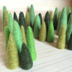 The first batch with trees ready! Sets of four trees with differ colours of green and sizes. These are coming with me to @designmarknad November 28th.  #christmas #jul ##designmarknad #wool #ull #gran #julgran #julpynt #handmade #dmjkpg #spirajkpg